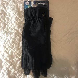 isotoner Accessories - NWT isotonor  women's gloves smart dry
